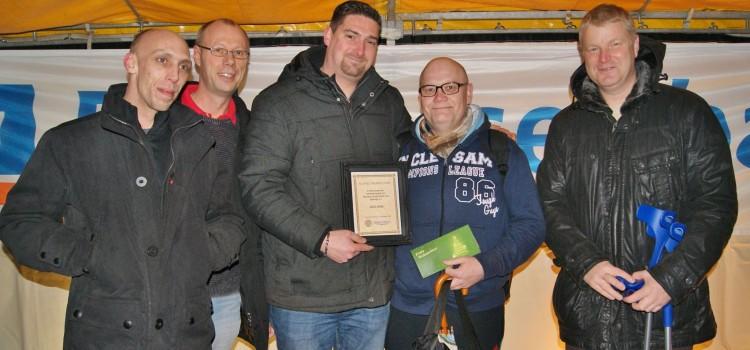 Henstedt-Ulzburg Bewegt e.V. ernennt wahren Helden zum Ehrenmitglied